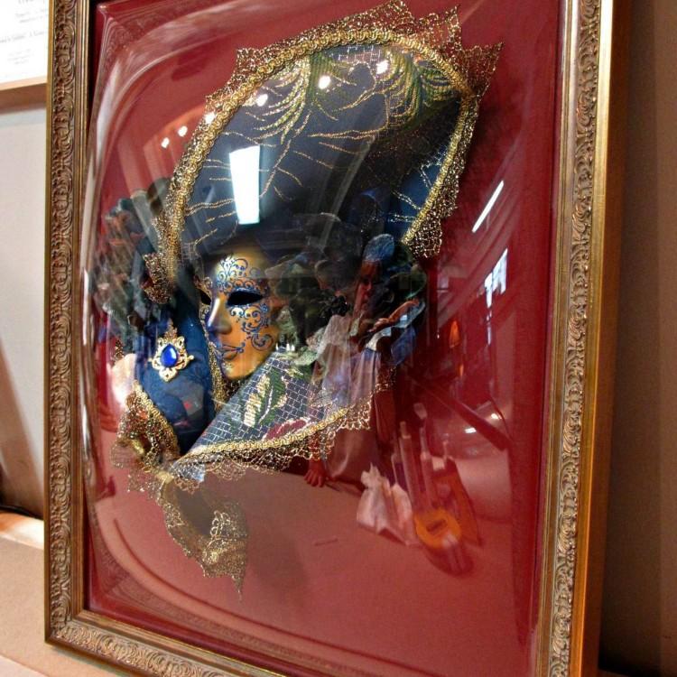 Mascarade 3D Acrylic Dome Glaze